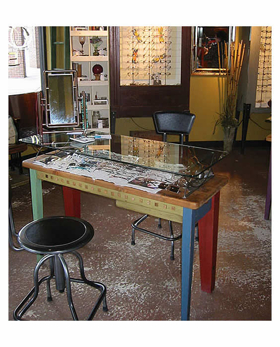 Image of Optical and Eyewear Fitting Table
