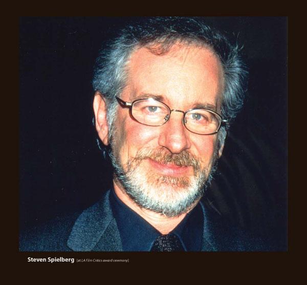 Steven Spielberg in Sama Eyeglasses